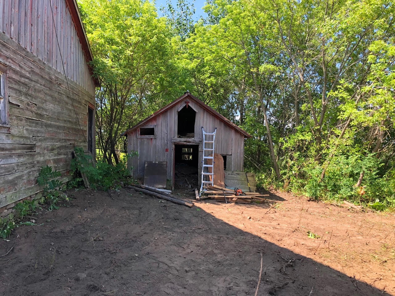 Walden 2 Barn